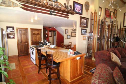 Haus Kitchen